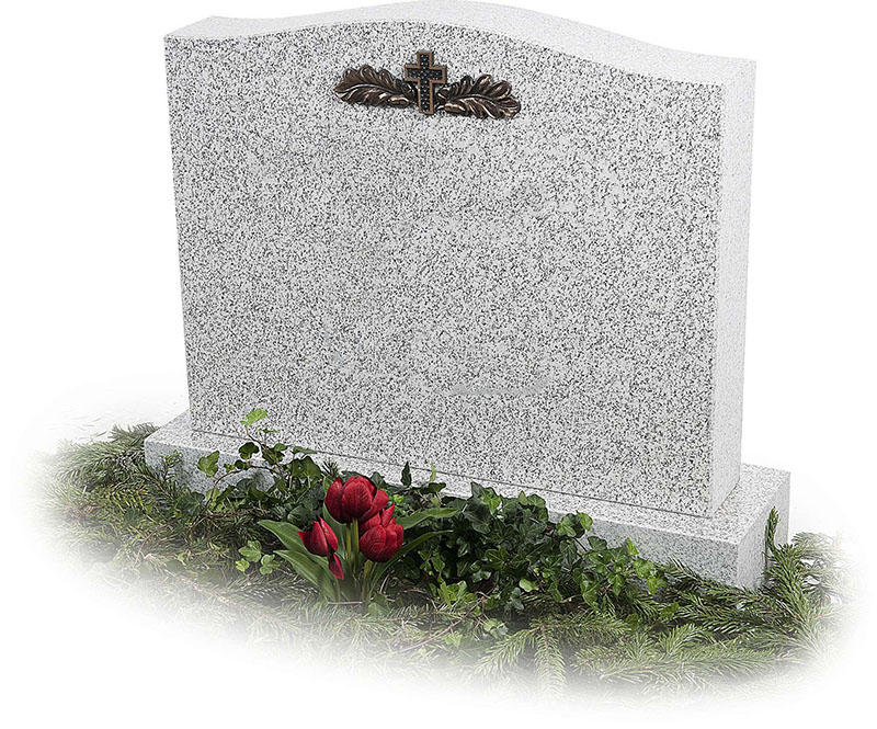 Якими можуть бути недорогі пам'ятники на могилу?