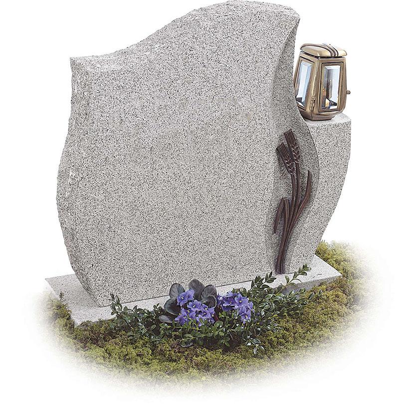 Пам'ятники та надгробки з кам'яних порід: гранітні надгробки